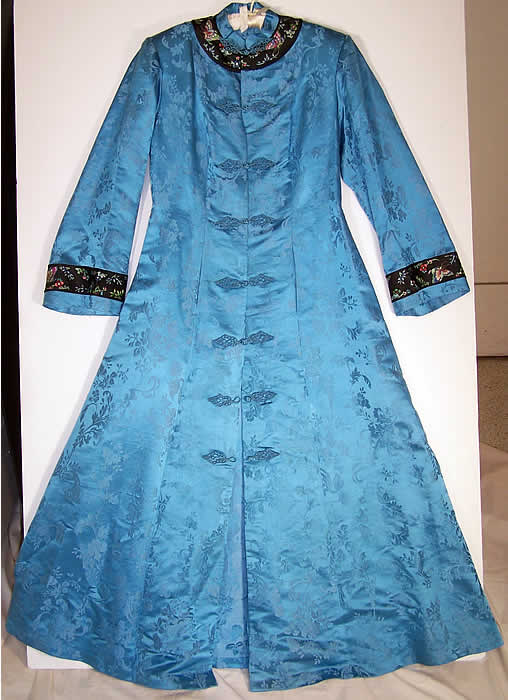 Chinese Blue Silk Butterfly Embroidery Robe