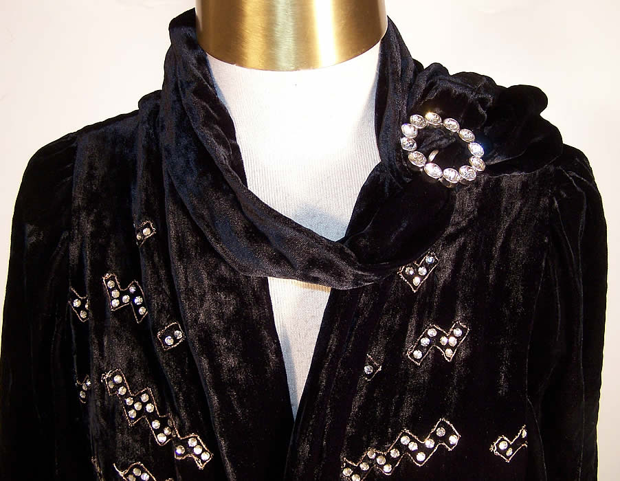 Art Deco Black Silk Velvet Rhinestone Beaded Jacket close-up