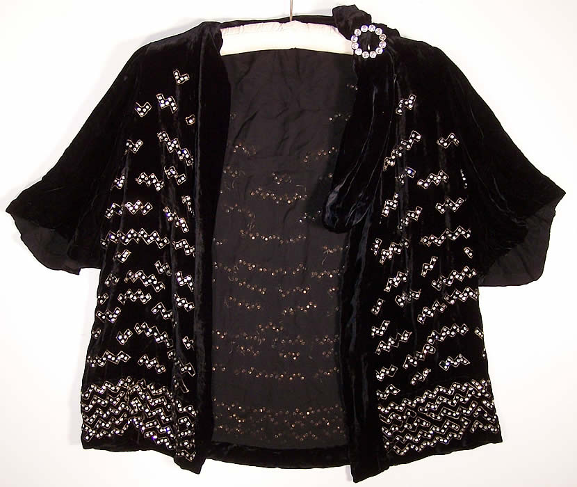 Art Deco Black Silk Velvet Rhinestone Beaded Jacket Close up.