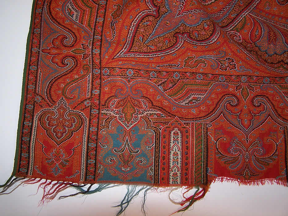 "Victorian Antique Large Banquet Size Jacquard Hand Loom Wool Paisley Shawl 132"" fringe Close up."