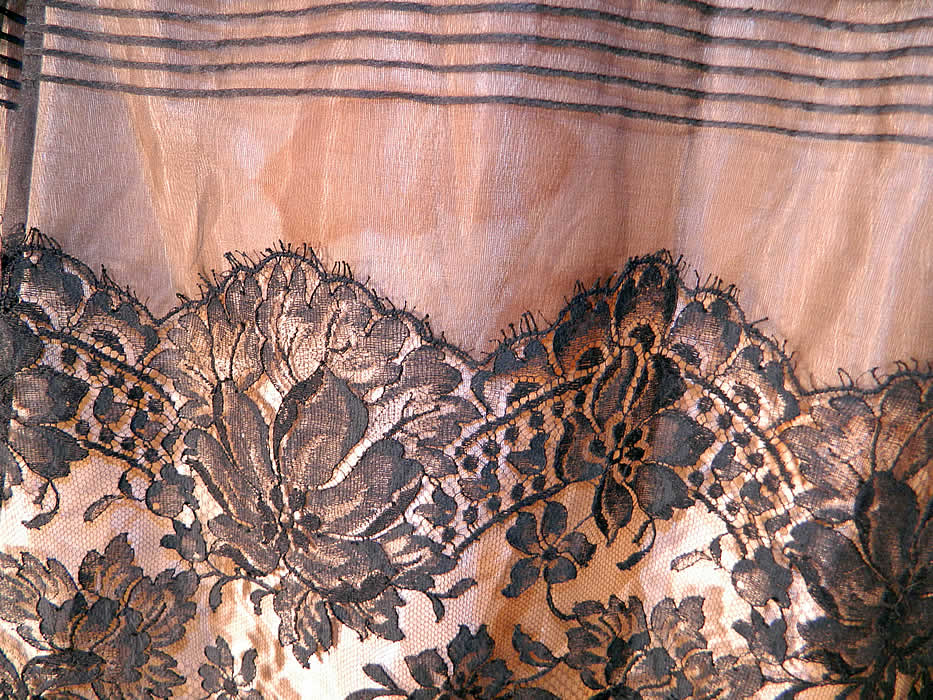 Vintage Semont New York Black Chantilly Lace Evening Gown Long Dress close up