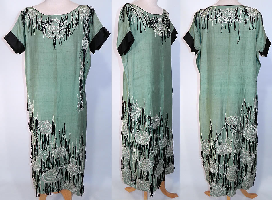 Art Deco Vintage Green Silk Embroidered Mushroom Fringe Flapper Dress