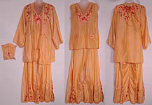 1930s Vintage Peach Silk Embroidered Pajamas Lounge Set Robe & Purse