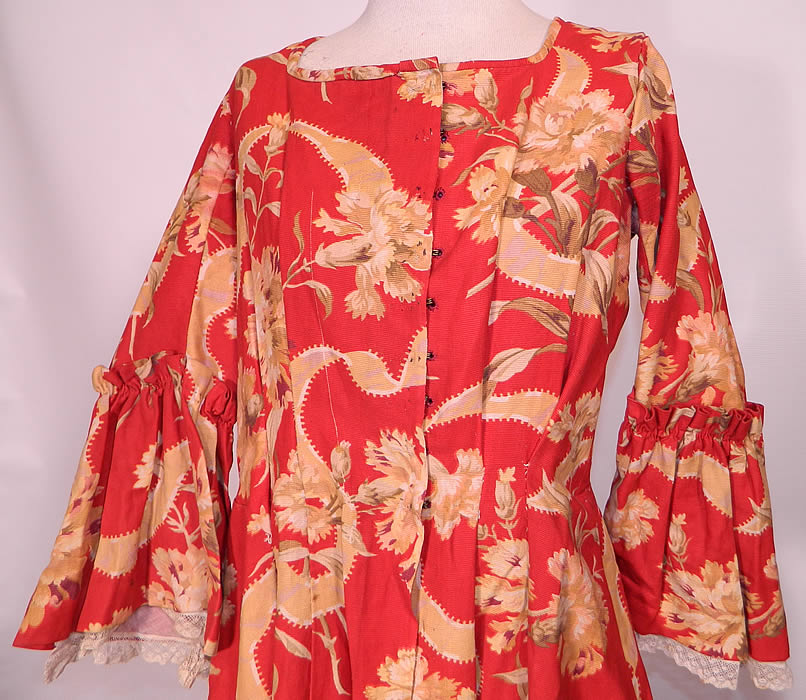 Victorian Red & Gold Carnation Flower Watteau Train Dressing Gown ...