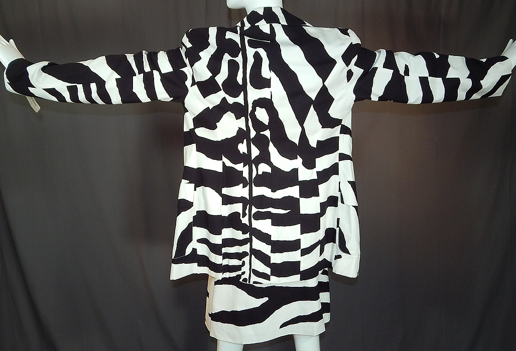 Vintage Cheap and Chic Moschino Black & White Zebra Stripe Blazer Suit Jacket Skirt NWT