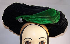 Victorian Pleated Black Green Velvet Wide Brim Plate Hat
