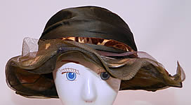 1920s Vintage Brown Silk Voided Velvet Pink Flower Trim Wide Brim Cloche Hat