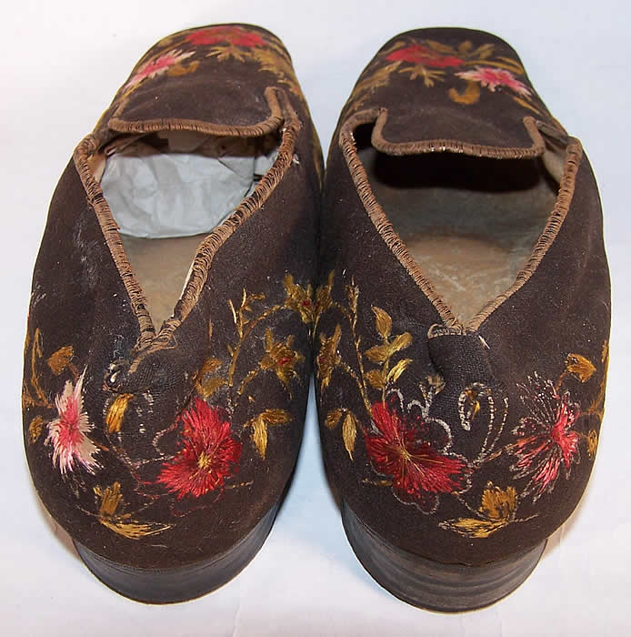 Victorian Gentlemen's Brown Wool Embroidered Slipper Shoes back view