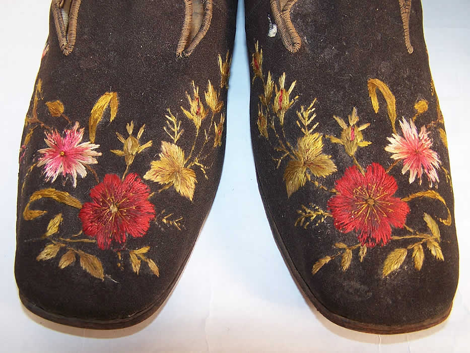 Victorian Gentlemen's Brown Wool Embroidered Slipper Shoes  Close up.