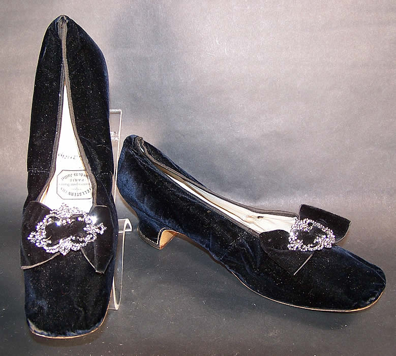 Hellstern Paris Label Victorian Velvet Steel Cut Buckle Straight Sole Shoes   Front view.