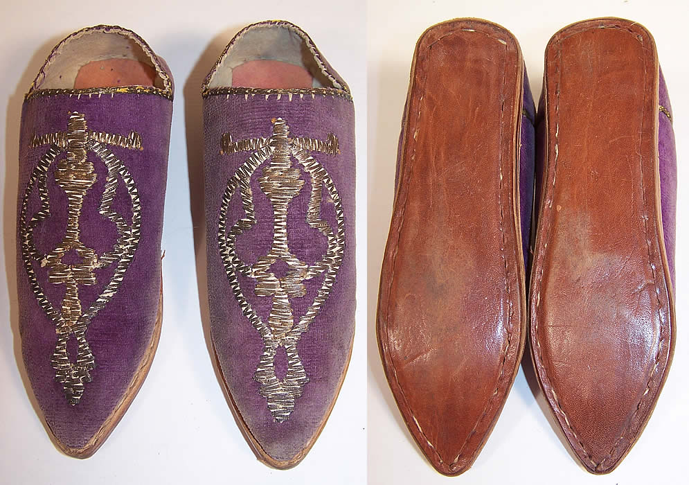 Vintage Moroccon Childs Cherbil Gold Embroidery Purple Velvet Slipper Shoes top & bottom views