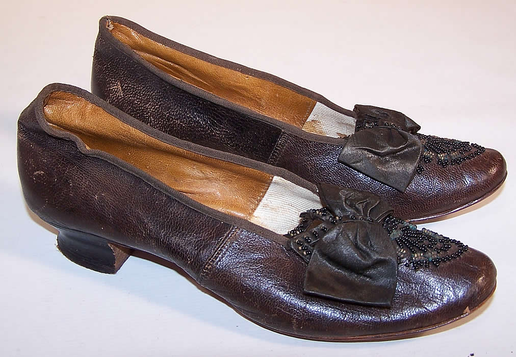 Victorian Civil War Era Brown Leather Beaded Bow Louis Heel Shoes