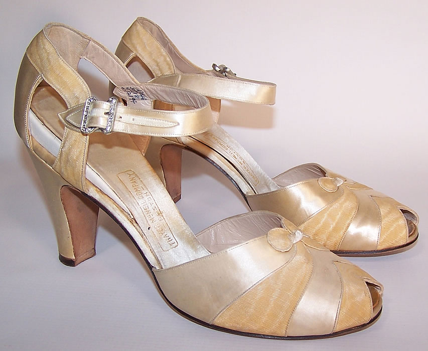 1930s Vintage Thayer McNeil Cream Silk Satin Ankle Strap Evening Wedding Shoes