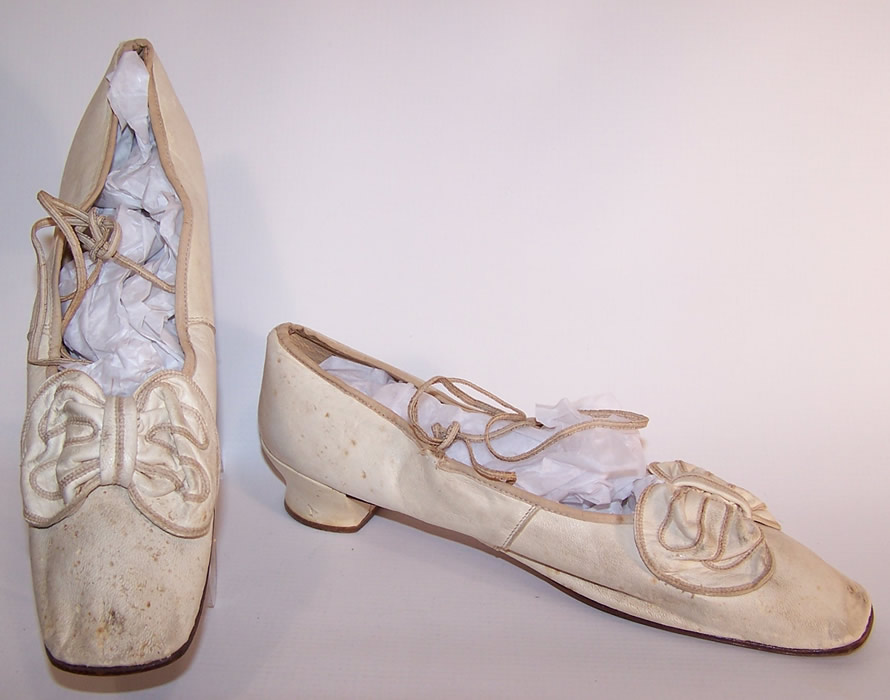 1850 Victorian Wedding White Kid Bow Trim Ribbon Ties Straight Sole Shoes