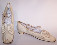 1850 Victorian Wedding White Kid Bow Trim Ribbon Ties Straight Sole Shoes