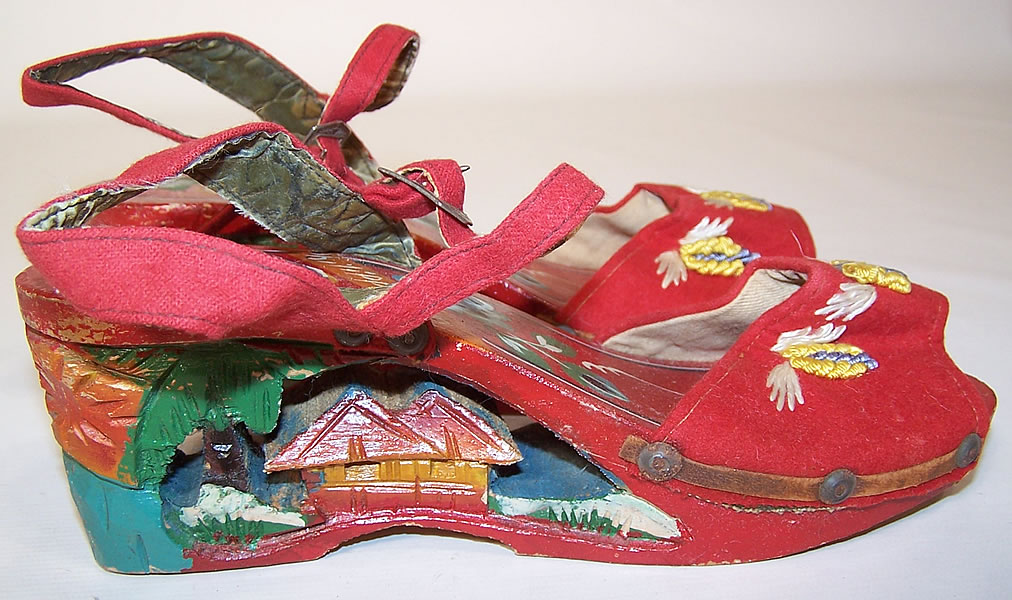 Vintage Philippines Hand Painted Carved Wooden Wedge Sandal Shoes