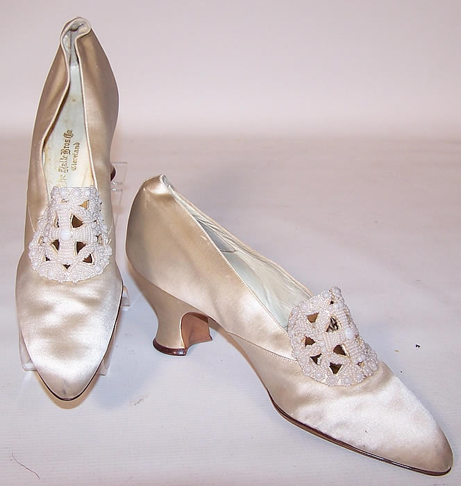 Edwardian Halle Brothers Co White Silk Beaded Bridal Wedding Shoes