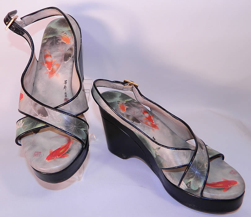 Vintage Icon Chinese Koi Fish Print Platform Wedge Sandal Shoes