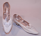 Victorian Antique White Kid Leather Bow Trim Silk Ribbon Ties Wedding Shoes