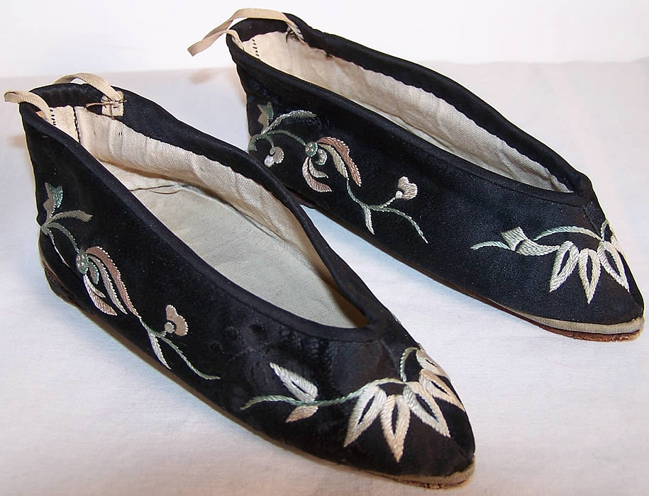 Antique Chinese Bound Foot Lotus Slipper Shoes  Front view.