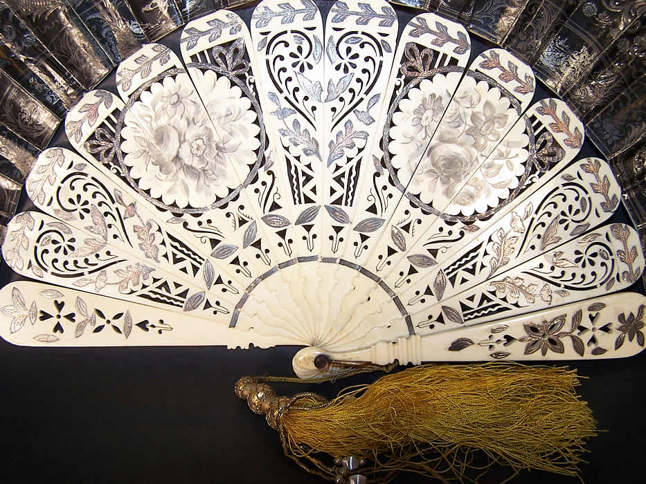 Victorian Lithograph Foil Inlay Pierced Flirting Mirror Fan Close up.