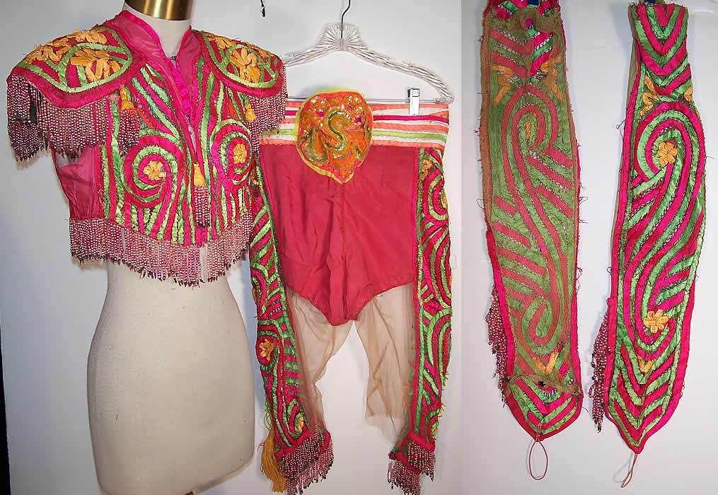 costume striptease
